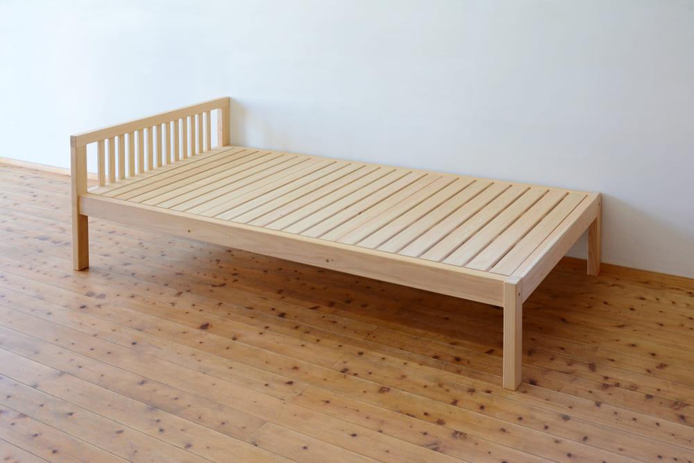 ヒノキクラフトのベッド