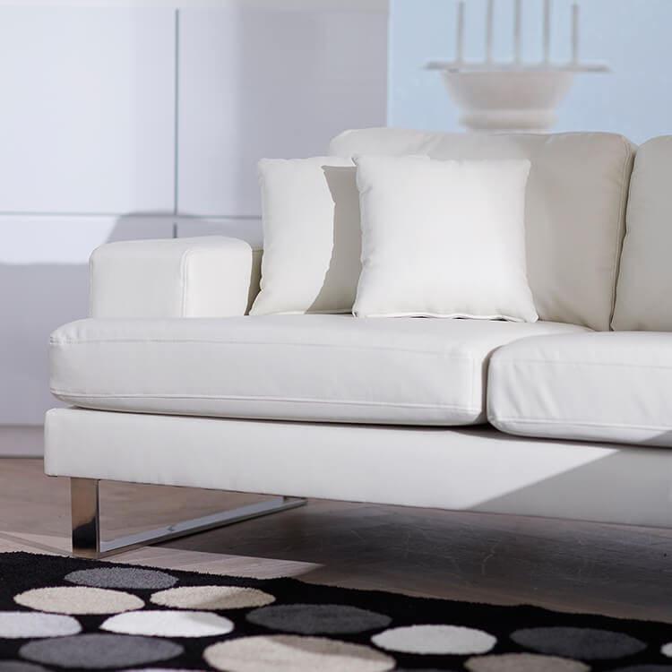 LOWYAのソファには収納力がない?