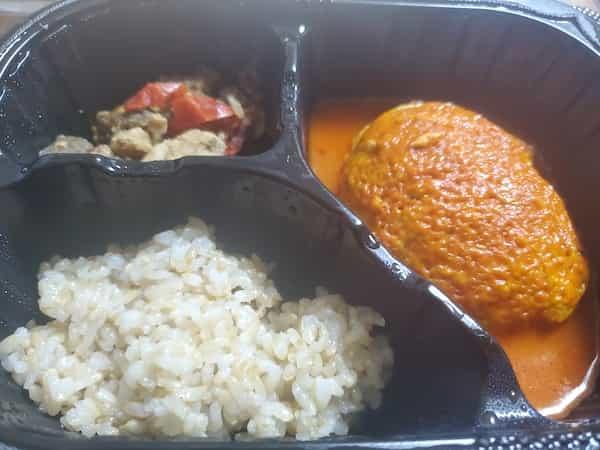 マッスルデリ豆腐ハンバーグと味噌炒めセット